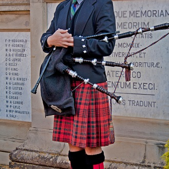 Bagpiper - Lonely Busker 3