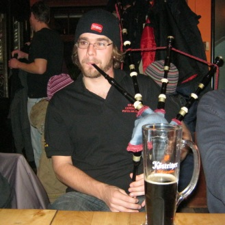 Pub busking Germany